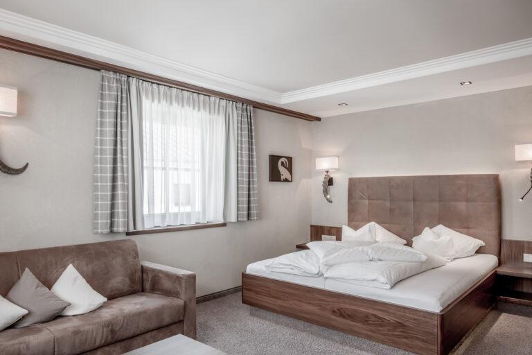 Hotel-Garni-Caroline-Dreibettzimmer (17)
