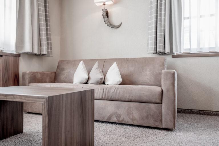 Hotel-Garni-Caroline-Dreibettzimmer (6)